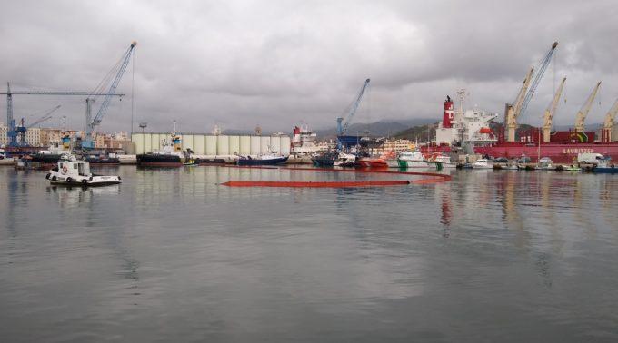 Simulacro contaminación en Puerto de málaga